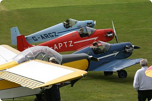 Kent Gliding Club G-ARGZ G-APTZ