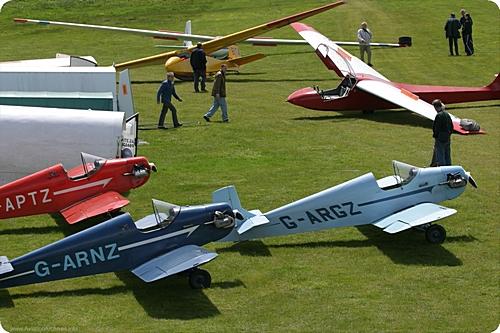 Kent Gliding Club G-APTZ ?G-ARNZ ?G-ARGZ